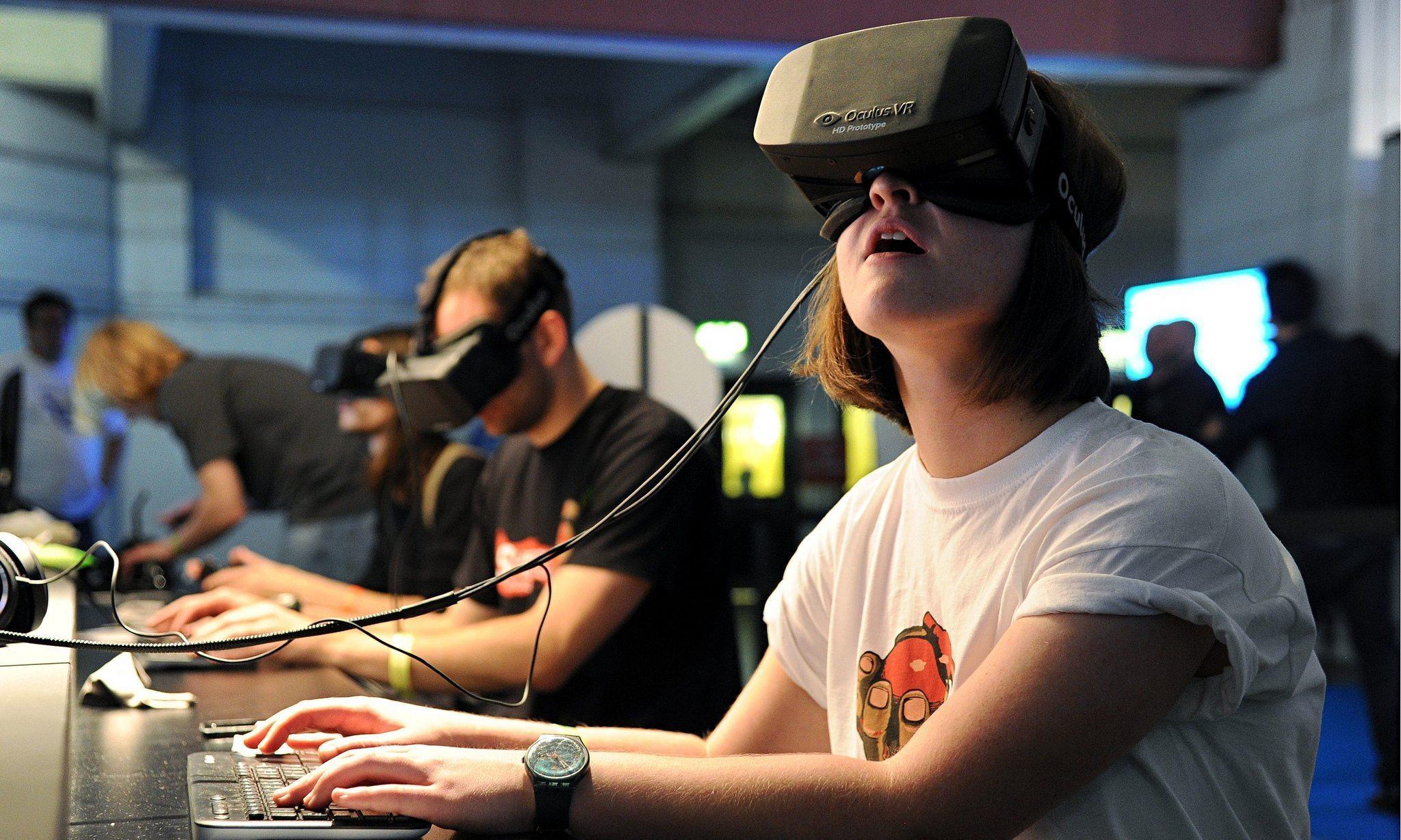 wearing-virtual-reality-headset